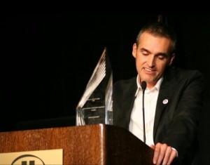 Borja Echevarría, Director adjunto de soitu.es recibe el premio ONA