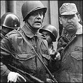 General Javier Palacios, durante el acoso a La Moneda, 1973.