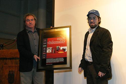 Ignacio Agüero (a la izquierda) el otro director del documental
