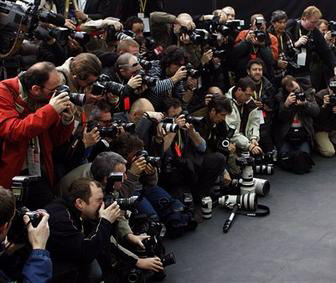 periodistas_camarografos_alonso