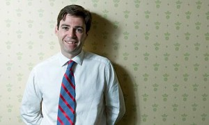 ministro de cultura británico, Andrew Burnham
